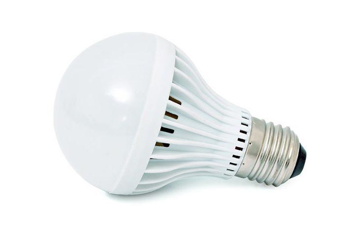 Chúng ta không hề xa lạ với các bóng đèn led chiếu sáng hiện nay.