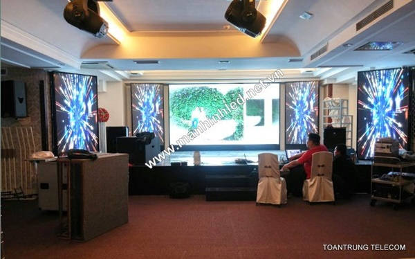 Toàn Trung cam kết cung cấp 100% màn hình led trong nhà đạt chuẩn chất lượng quốc tế