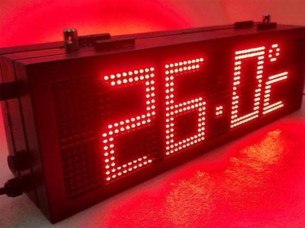 Những không gian nào thường lắp đặt bảng điện tử hiển thị nhiệt độ