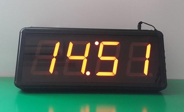 Toàn Trung làm đồng hồ điện tử led theo yêu cầu riêng của từng đơn vị