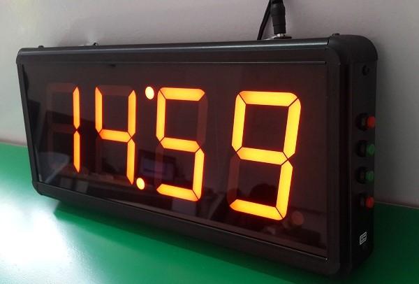Toàn Trung là đơn vị cung cấp đồng hồ điện tử led treo tường đạt chuẩn quốc tế tại TP HCM