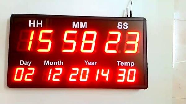 Toàn Trung là đơn vị cung cấp đồng hồ điện tử led treo tường tốt nhất TP HCM