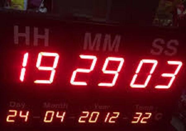 Công ty Toàn Trung cung cấp và lắp đặt đồng hồ điện tử led đa dạng về kích thước, mẫu mã đáp ứng mọi nhu cầu sử dụng