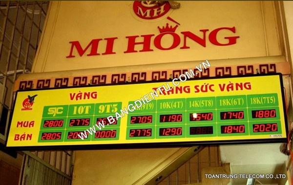 Toàn Trung đã lắp đặt bảng điện tử giá vàng cho hàng trăm cửa hàng kinh doanh vàng trong đó có Mi Hồng