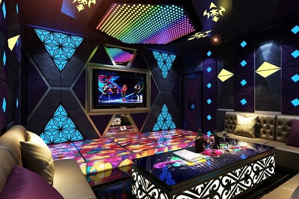 Toàn Trung đã và đang cung cấp, lắp đặt bảng điện tử cho hàng trăm quán karaoke trên địa bàn TP HCM