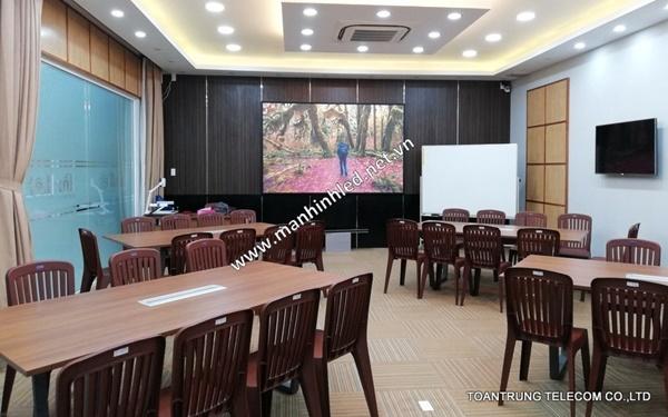 Màn hình led p2.5 indoor với nhiều tính năng vượt trội nên ngày càng được ứng dụng rộng rãi ở mọi không gian
