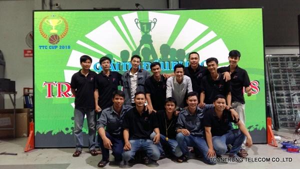 Đội ngũ nhân viên nhiệt tình tại Toàn Trung giúp khách hàng luôn thấy hài lòng nhất