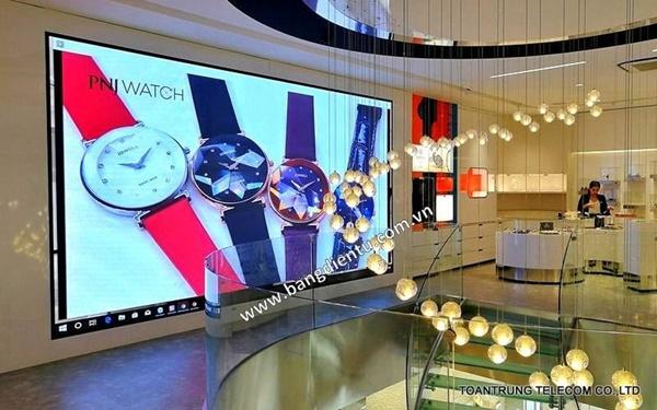Với nhiều ưu điểm nổi bật, Toàn Trung ngày càng được khách hàng tin tưởng và lựa chọn là đơn vị lắp đặt màn hình led trong nhà