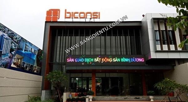 Toàn Trung chuyên cung cấp và lắp đặt bảng điện tử quảng cáo chất lượng mà giá cả cạnh tranh